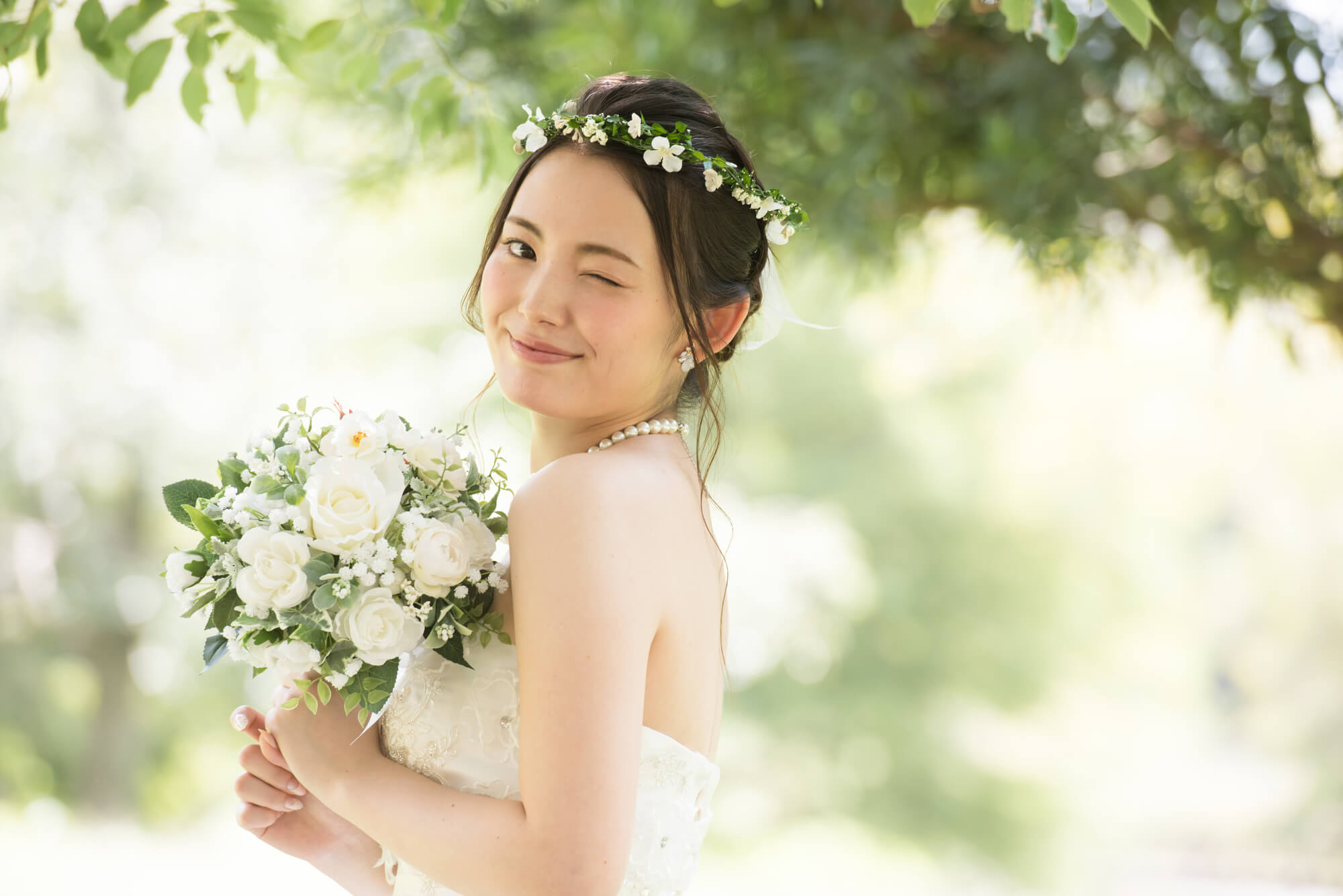 ドレスレンタルでお孫さんの結婚式に華をそえましょう