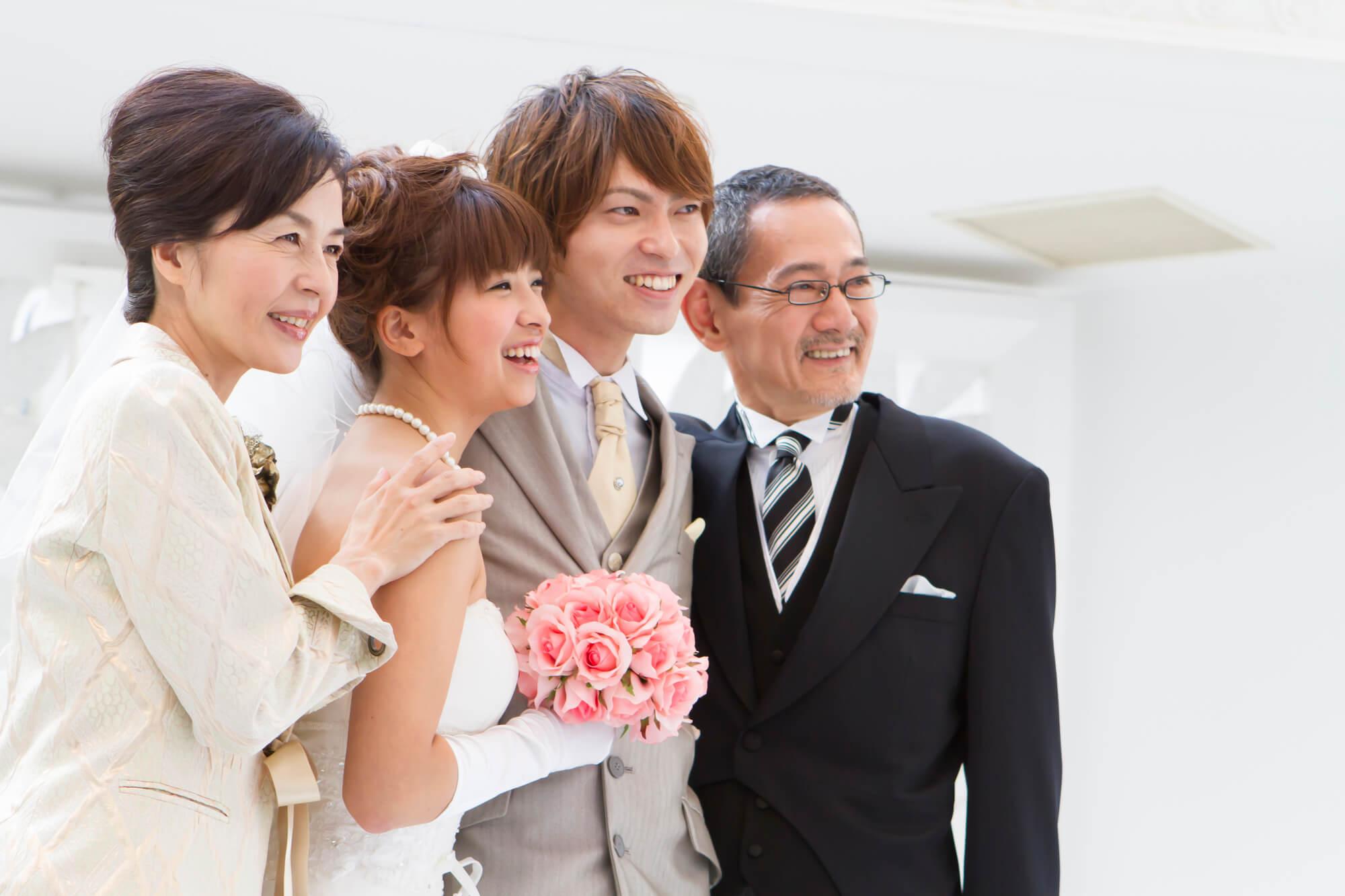 60代に人気のレンタルドレス 結婚式参列で素敵な着こなしを