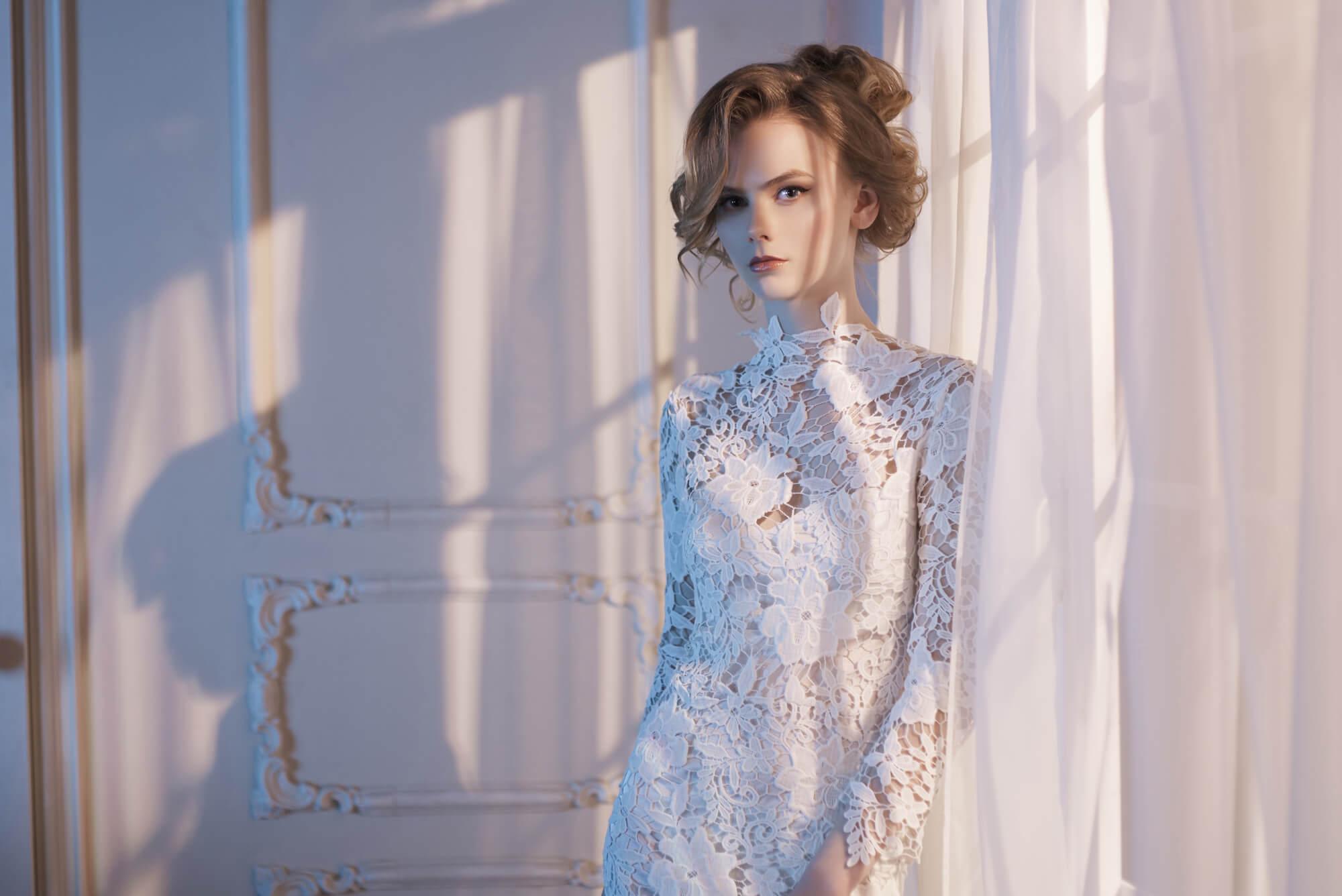 エメのドレスをお手軽に♪レンタルで華やかフェミニンにドレスアップ